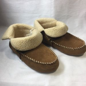 NWOT Target Suede Bootie Slippers Size 7